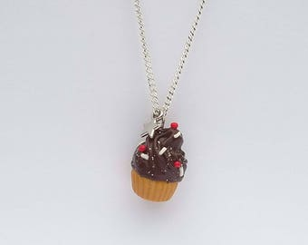 Chocolate cupcake necklace with polymer clay necklace