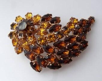 Large Amber Gemstone Cluster Bird Design Gold Tone Brooch Pin Vintage