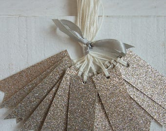 Set of 12 labels sequined gold/silver Tag
