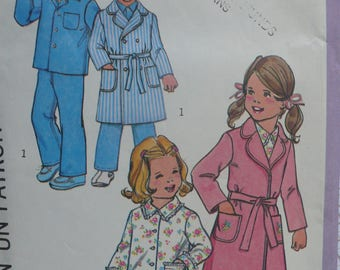 Children's Robe or Housecoat and Pajamas Pattern - Vintage Simplicity 7068 - Size 2