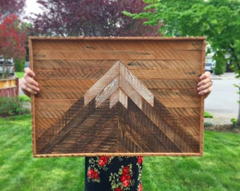 Wood lath mountain sign