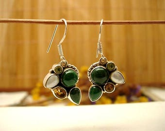 Earrings in silver and multicolor.