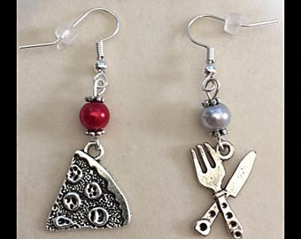 """Mismatched earrings pizza """"pizza and its flatware"""""""