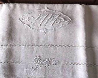 Laeken. Antique French linen sheet, handembroidered with monogram MM Art deco and lace edges. Drap ancien vintage bedsheet