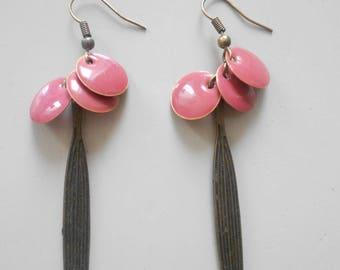 Earrings • coral • ALBA / bronze