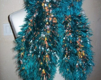 wool col.vert hand knitted fur scarf