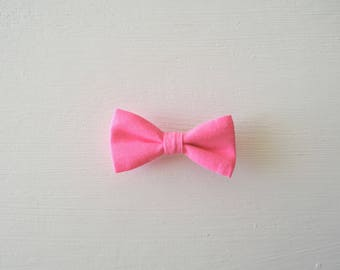 Barrette large neon pink bow
