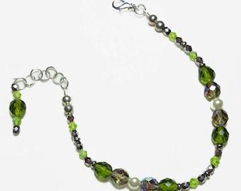 Olivine Peridot Pearl Crystal Beaded Bracelet