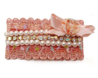 Clip barrette hair clip type fine lace dominant blush salmon pearls Pearly iridescent rhinestones