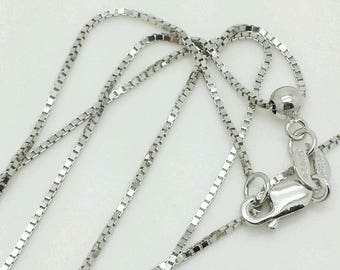 """10k Solid White Gold Adjustable Box Necklace Pendant Chain Up to 22"""" .7mm"""