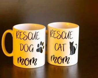 Personalized '' Rescue Mom '' cup