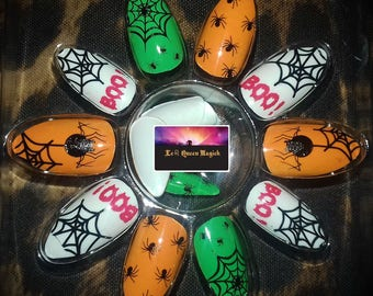 Hand Painted Halloween Stick On False Nails X 24 - Point Almond Stiletto Shape - Free Glue & Manicure Cuticle Stick - Spider - Cobwebs - Boo