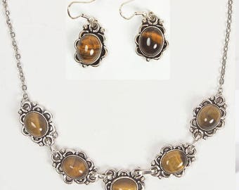 Amber stone necklace and earrings