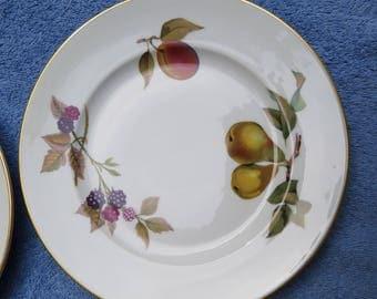 Salad Plate, Royal Worcester Evesham Gold, Porcelain