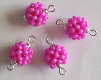 4 beads seed connectors (2.5 mm) hot pink