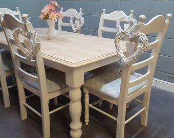 Gorgeous Cream Shabby Chic table set