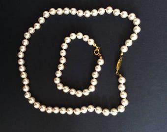 Faux Pearl Necklace and Bracelet set [SKU194]