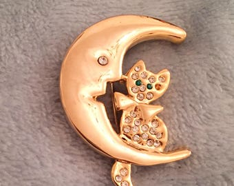 Cat in the Moon Brooch, Gold Tone Vintage Jewelry