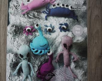 King Cole Knitting Pattern, Double Knit Pattern UFO2, Aliens