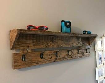 Reclaimed pallet wood coat racks