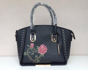 Handbag (heart from roses)