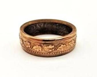 Coin ring 1916 Canadian large one cent. good luck charm leaf ring.