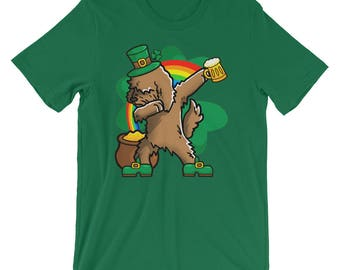 Funny Dabbing Leprechaun Goldendoodle T-Shirt, St Patricks Day Shirt