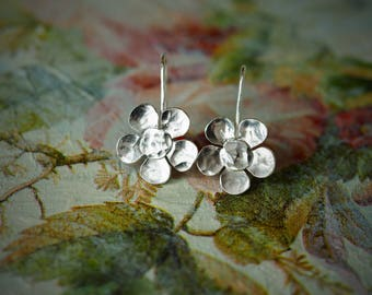 Handmade Sterling Silver Hammered Flower Earrings - short dangle