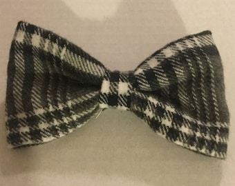 Pet Bow Tie in Black and Grey Plaid