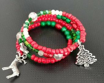 Cute Christmas bracelet, Reindeer bracelet, Christmas tree, beaded bracelet, red bracelet, green bracelet, gifts for her, women's gifts