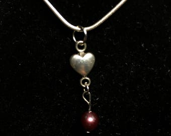 """18"""" Sterling Silver necklace with Burgundy cultured akoya Pearl"""