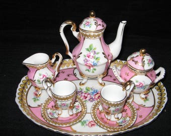 "New 10 PIECE  French Limoges ""Versailles"" Child's Pink & Gold Tea Set with Underplate"