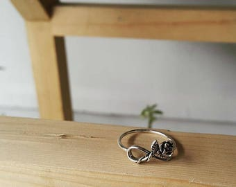 925 Sterling Silver Infinity Rose