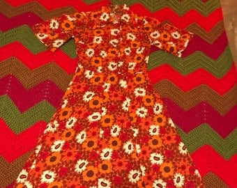 Vintage 1960's Mod/Psychedelic Size Small Dress