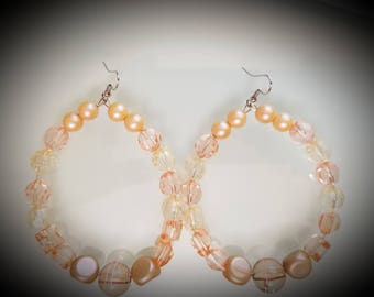 peach bead hoop earrings