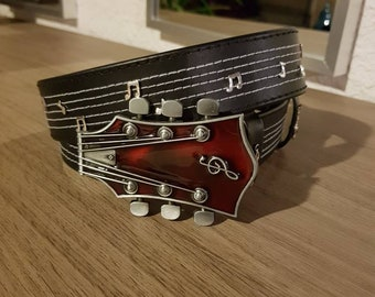 Leather guitar belt
