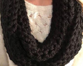 Crochet Infinity Scarf (Black)