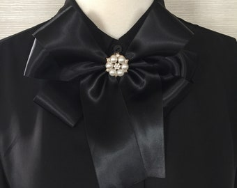 Bow, Black and pearl Bow, Brooch, Pins, Gift for her, trendy, sophisticated, one of a kind, embellished, pearl, Black Satin