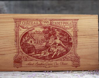 French wine crate front SAINT-EMILION. Wine Bordeaux. Grands vins de BORDEAUX. French wine panel. French wine dedor. Wine panel. Wine decor