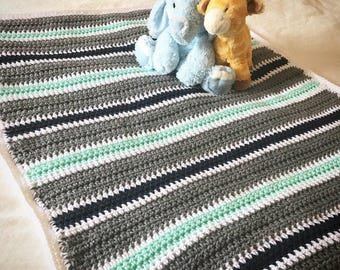 Snug518 Gray Baby Blanket, Crochet Throw, Afghan Blanket