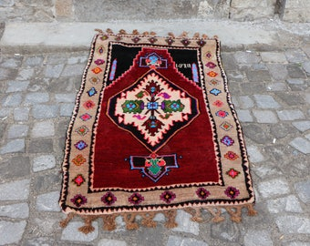 Free Shipping Small size organic vegetable dyed unique turkish rug 3 x 4.3 ft. bohemian decorative rug eclectic rug nomadic rug MB232