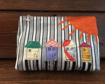 Beach houses cosmetic bag