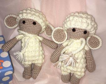 Crochet little sheep, acrylic yarn, 19 cm tall