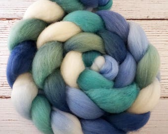 Handpainted Polwarth Wool Roving - 4 oz. DENALI - Spinning Fiber