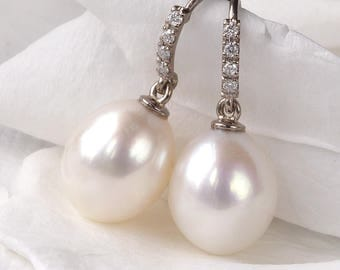 Pearl and Diamond Earrings in 18ct Gold