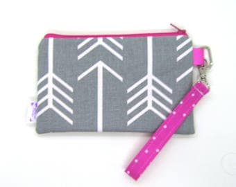 Clearance - Sale - Gift - Gracie Designs Wristlet arrows in gray