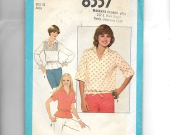 Simplicity Misses'/Junior  Pullover Top Pattern 8337