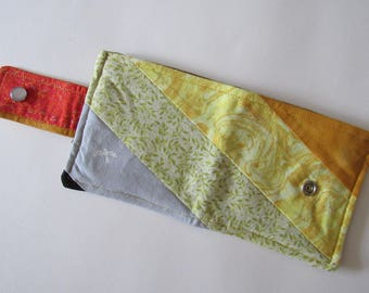 Scrappy Calico Fabric Wallet * Holds 8 cards and paper money * twilightdance