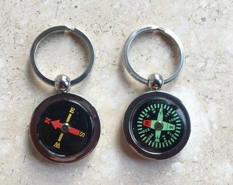 Working Compass Keychain  Key Ring 2 Colors Valentine Gift
