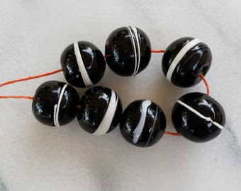 Vintage Faux Agate African Beads   (10 Beads)      XVB8